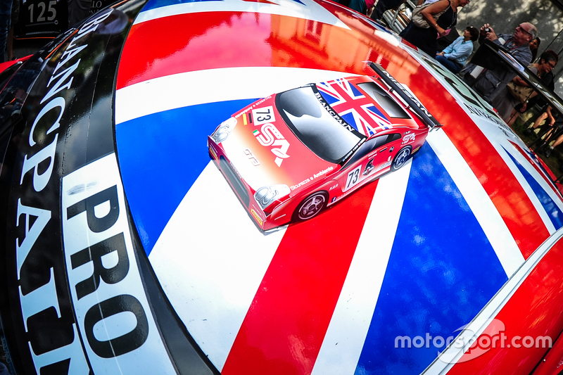 #73 MRS GT Racing Nissan GT-R Nismo GT3: Шон Уокіншоу, Craig Dolby, Мартін Плоумен