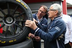 On vérifie des pneus Pirelli