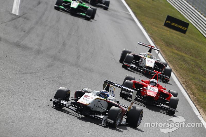 Zaid Ashkanani, Campos Racing memimpin Aleksander Bosak, Arden International