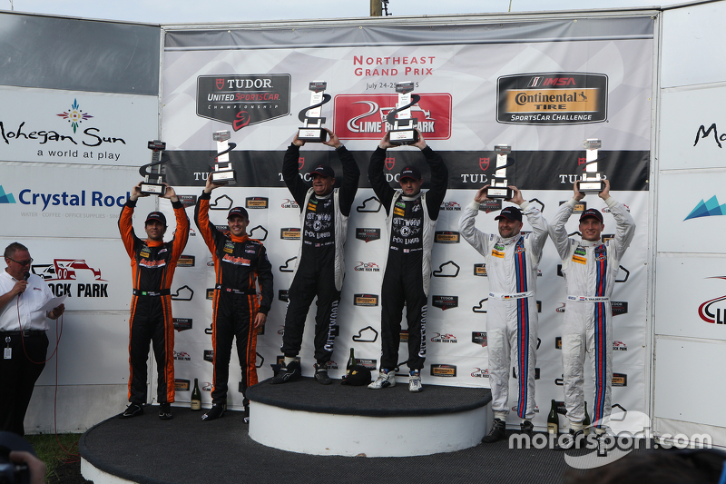 PC podium: Race winners #52 PR1 Mathiasen Motorsports Oreca FLM09: Mike Guasch, Tom Kimber-Smith, se