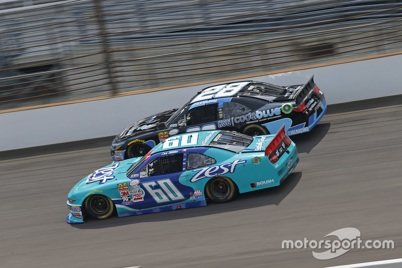 Chris Buescher, Roush Fenway Racing Ford dan J.J. Yeley
