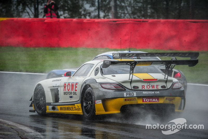 #98 Team Astana by Rowe Racing Mercedes SLS AMG GT3: Nicolai Sylvest, Indy Dontje, Thomas Jäger