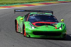السيارة رقم 333 رينالدي ريسينغ فيراري 458 إيطاليا: ماركو سيفرايد، نوربرت سيدلر، ستيفان فان كامبينهاودت، رينات ساليخوف