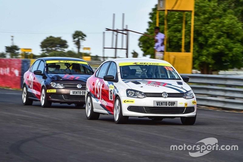 Aksi tes Volkswagen Vento Cup