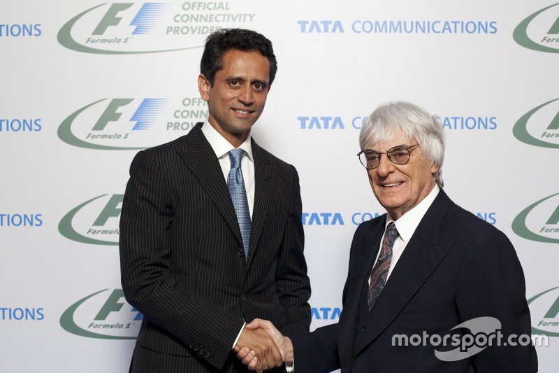 Vinod Kumar, MD & CEO, Tata Communications dan Bernie Ecclestone