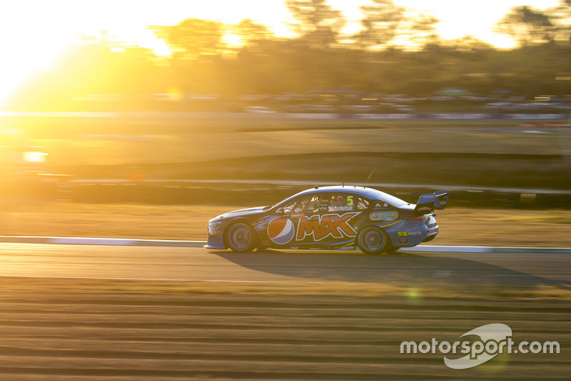 Juara balapan: Mark Winterbottom, Prodrive Racing Australia Ford