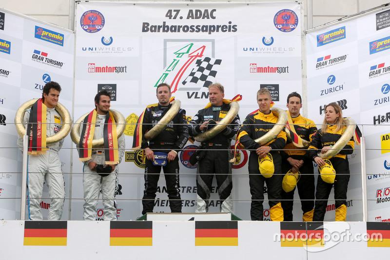 Podium: 1. Dominik Schwager, Uwe Alzen; 2. Dominik Farnbacher, Mario Farnbacher; 3. Michela Cerruti,