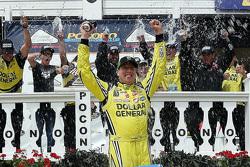 Ganador de la carrera  Kyle Busch, Kyle Busch Motorsports