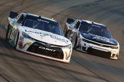 Blake Koch, TriStar Motorsports Toyota dan Brian Scott, Richard Childress Racing Chevrolet