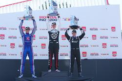 Podium: race winner Graham Rahal, Rahal Letterman Lanigan Racing Honda, second place Justin Wilson, Andretti Autosport Honda, third place Simon Pagenaud, Team Penske Chevrolet