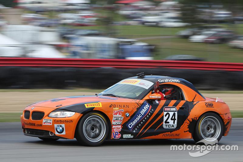 #24 BMW Z4: Toby Grahovec