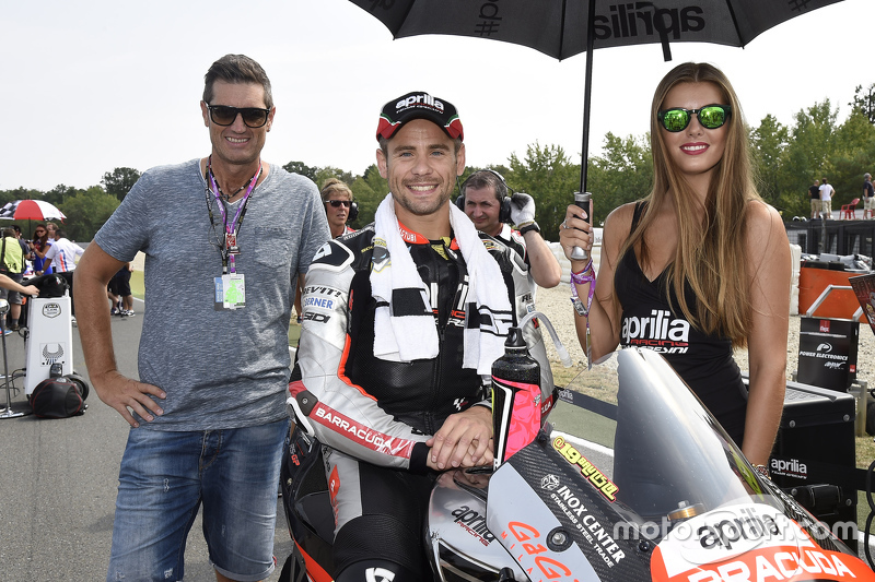 Gridgirl of Alvaro Bautista, Aprilia Racing Team Gresini