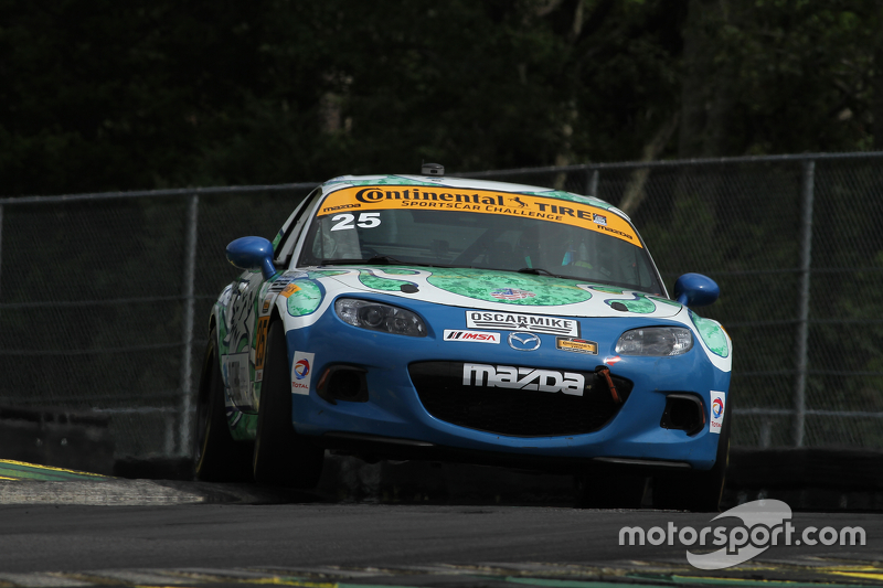 #25 Freedom Autosport Mazda MX-5: Britt Casey Jr., Devin Jones
