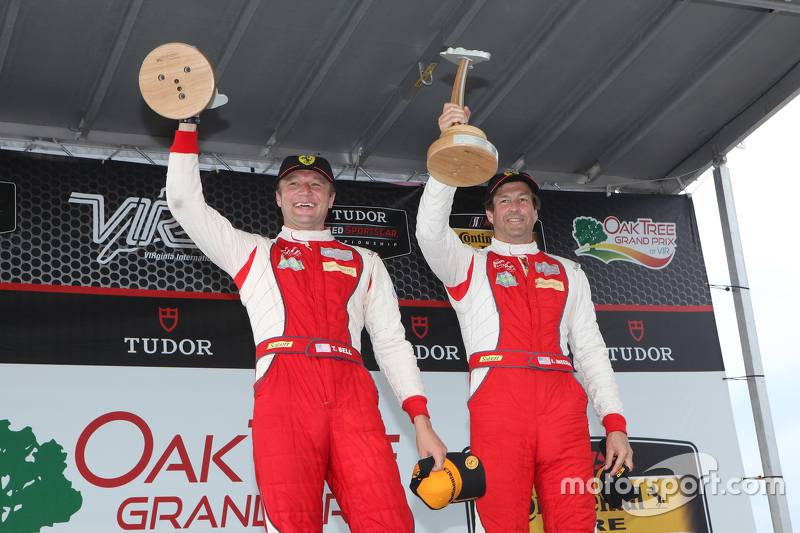 Race winners #63 Scuderia Corsa Ferrari 458 Italia: Bill Sweedler, Townsend Bell