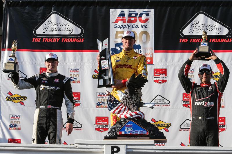 Race winner Ryan Hunter-Reay, Andretti Autosport Honda, second place Josef Newgarden, CFH Racing Chevrolet, third place Juan Pablo Montoya, Team Penske Chevrolet