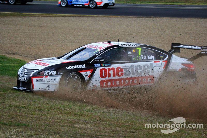 Todd Kelly, Nissan Motorsport kecelakaan
