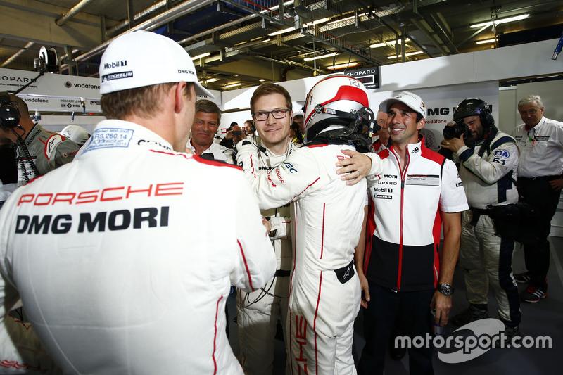 Pole winning #18 Porsche Team Porsche 919 Hybrid: Romain Dumas, Neel Jani, Marc Lieb and team princi