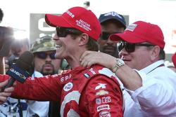 Ganador de la carrera y Campeón de la IndyCar, Scott Dixon, Chip Ganassi Racing Chevrolet