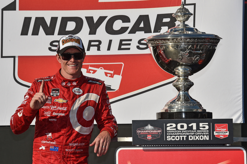 Race winner and series champion Scott Dixon, Chip Ganassi Racing Chevrolet
