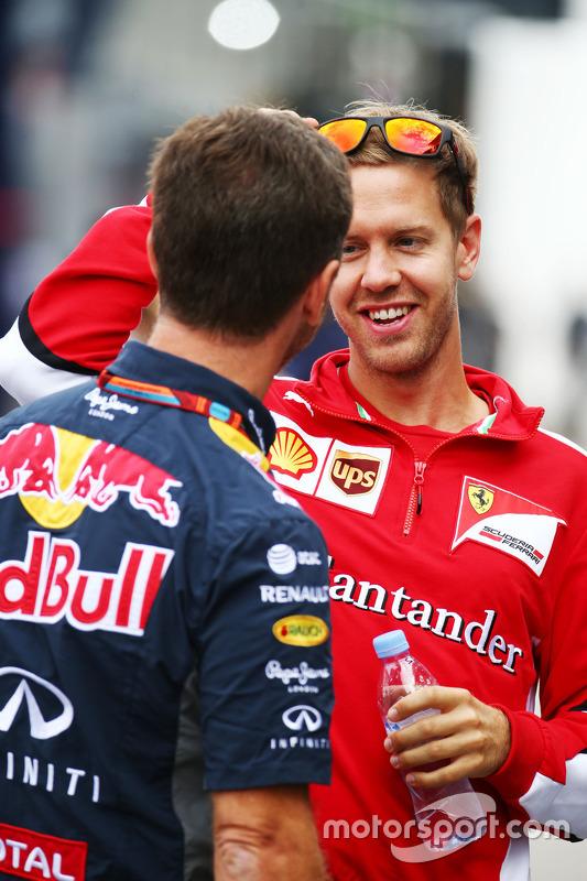 Sebastian Vettel, Ferrari met Christian Horner, Red Bull Racing teambaas
