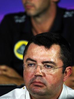 Ерік Бульє, McLaren гоночний директор