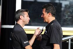Мэтью Картер, генеральный директор Lotus F1 Team и Федерико Гастальди, заместитель руководителя Lotu