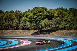 #68 Massive Motorsport Aston Martin Vantage GT3: Casper Elgaard, Kristian Poulsen, Simon Moller and
