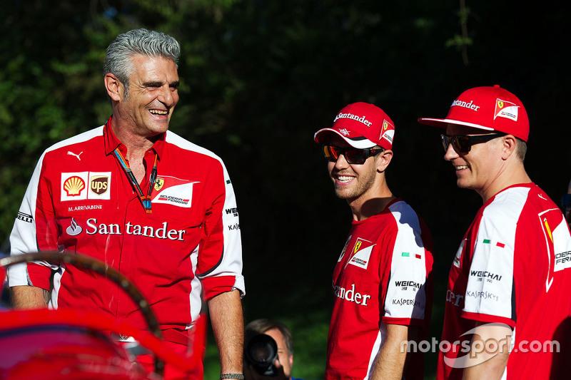 Мауріціо Аррівабене, Керівник Scuderia Ferrari з Кімі Райкконен, Ferrari та Себастьян Феттель, Ferrari