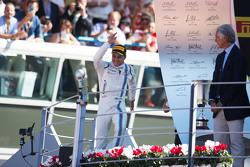 Felipe Massa, Williams, feiert Platz drei auf dem Podium