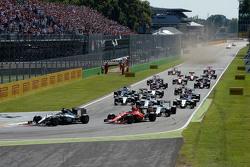 El inicio: Lewis Hamilton, Mercedes AMG F1 W06