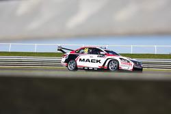 Джеймс Моффат та Taz Douglas, Nissan Motorsports