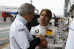 Jens Marquardt, BMW Motorsporları Direktörü ve Augusto Farfus, BMW Takımı RBM BMW M34 DTM