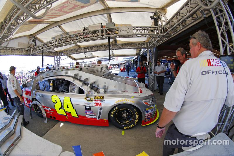 Tech inspection: Jeff Gordon, Hendrick Motorsports Chevrolet