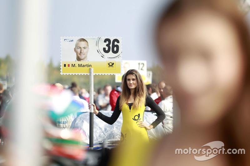 Gridgirl of Maxime Martin, BMW Team RMG BMW M4 DTM