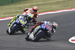 Jorge Lorenzo y Valentino Rossi, Yamaha Factory Racing y Marc Márquez, Repsol Honda Team