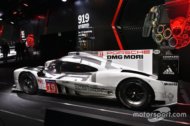 Le Mans winner #19 Porsche Team Porsche 919 Hybrid: Nico Hulkenberg, Nick Tandy, Earl Bamber