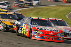 Jeff Gordon races into turn three