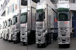 McLaren Mercedes trucks
