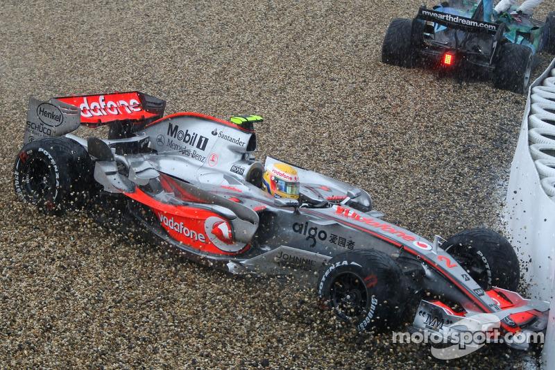 Льюіс Хемілтон, McLaren Mercedes, MP4-22
