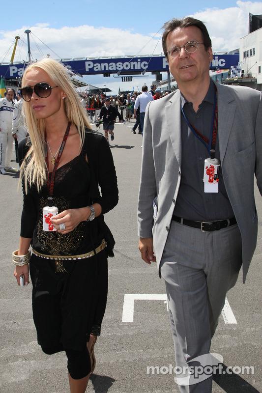 Cora Schumacher, Ehefrau von Ralf Schumacher; Hans Mahr, Manager von Ralf Schumacher