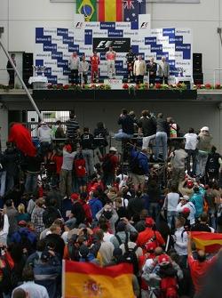 Феліпе Масса, Scuderia Ferrari, Фернандод Алонсо, McLaren Mercedes, Марк Веббер, Red Bull Racing
