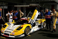 #103 Gravity Racing International Mosler MT 900; to the right, Vincent Radermecker