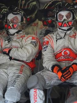 McLaren Mechanics pit stop crew