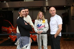 Mathias Lauda, Daniel la Rosa, Susie Stoddart and Peter Mücke, Team Owner Mücke Motorsport joking about the Susie Stodart fanclub on the grandstand