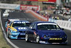 Vendredi, Fujitsu V8 Supercars, course 1