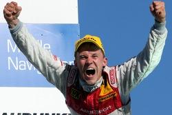 Чемпион DTM 2007 года Маттиас Экстрём