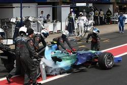 Rubens Barrichello, Honda Racing F1 Team, RA107 retires from the race