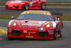 #59 Advanced Engineering Ferrari 430 GT2: Rui Aguas, Maurizio Mediani