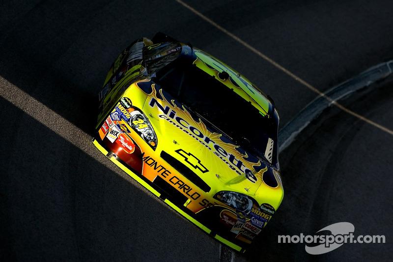 Jeff Gordon draagt het geel ...