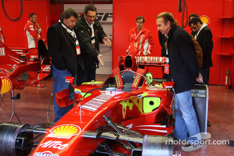 Tony Teixeira, A1GP, Richard Dorfman, A1GP ve Emerson Fittipaldi, Seat Holder, A1 Team Brazil take a
